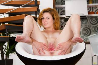 A cuntmeat of redhead [October 2, 2014] - rita006_p.jpg