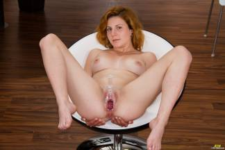A cuntmeat of redhead [October 2, 2014] - rita010_p.jpg